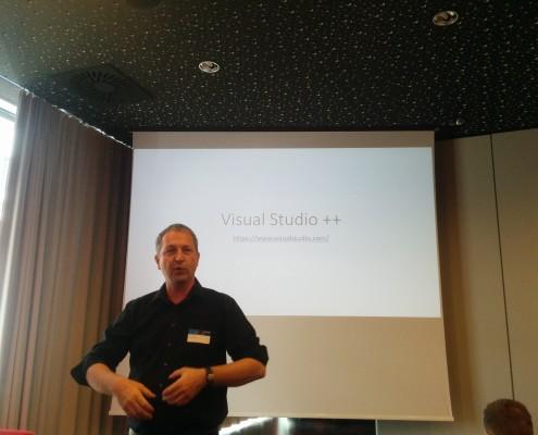 Thomas Mutzl beim Vortrag am Build Event bei Microsoft Österreich